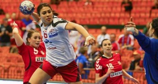 video: magnifique but d'Asma ElGahoui en EHF
