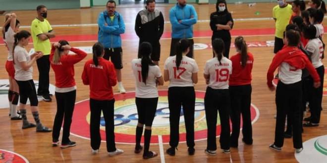 تحول بعثة المنتخب الوطني التونسي للكبريات للكاميرون